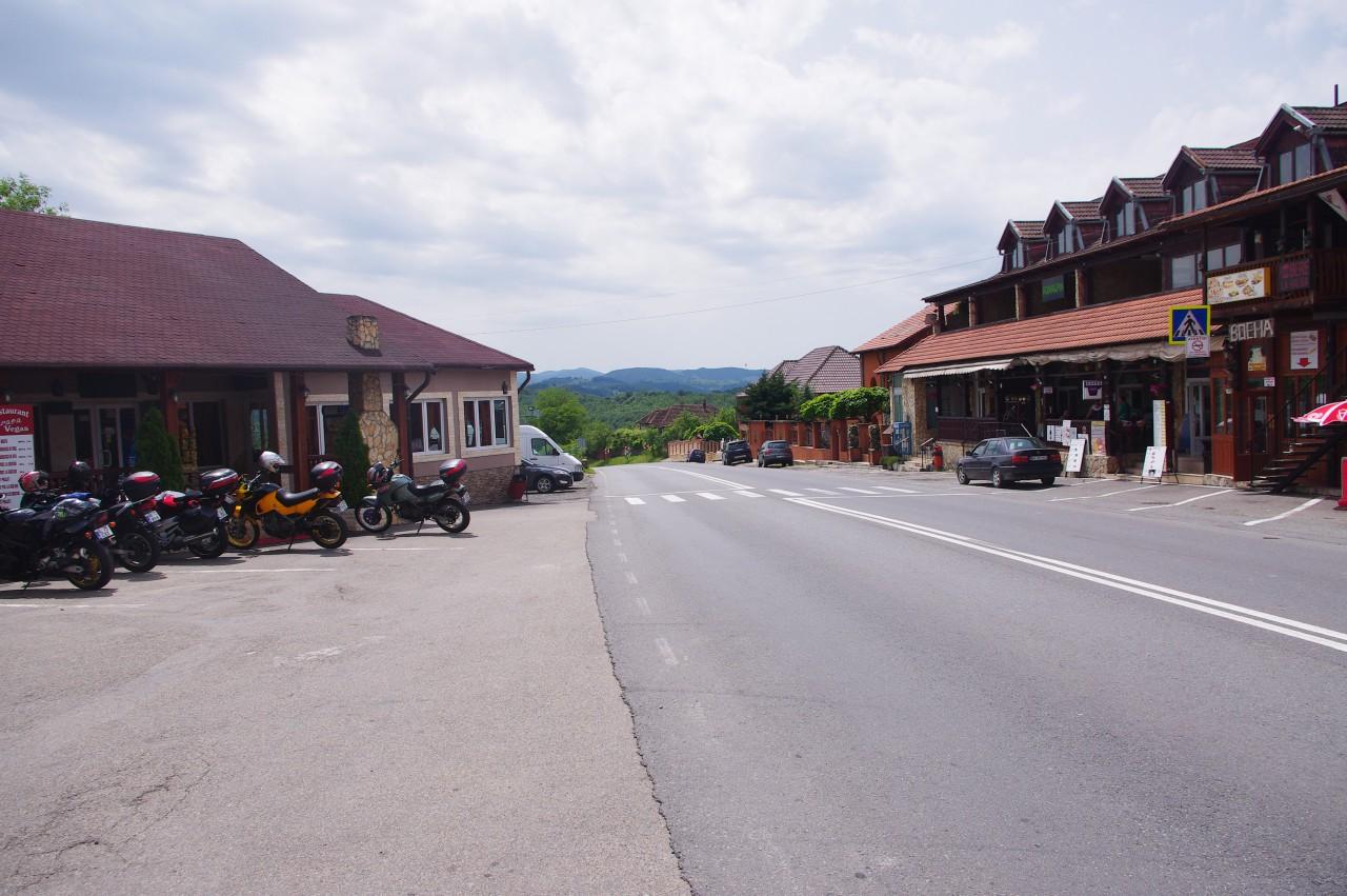 A képen láthatós is, hogy sok motoros kedvelt megállóhelye