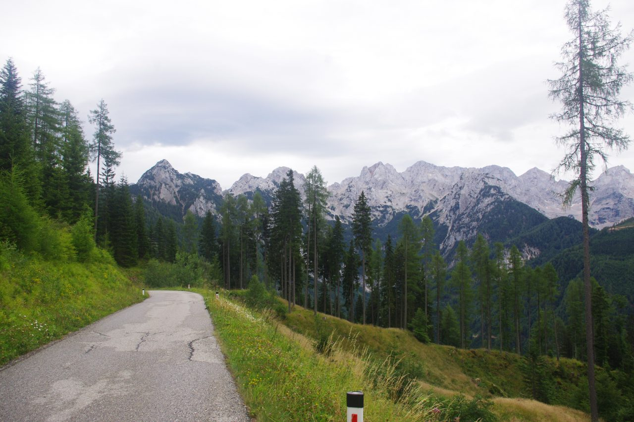 Útban a Jezersko település felé, de még előtte keresztül Ausztria legdélibb csücskén