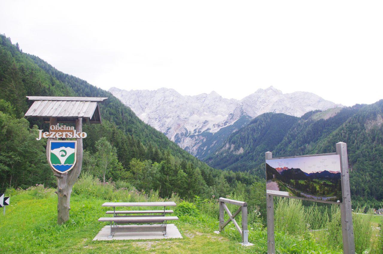 Jezersko Község, háttérben a Grintovec