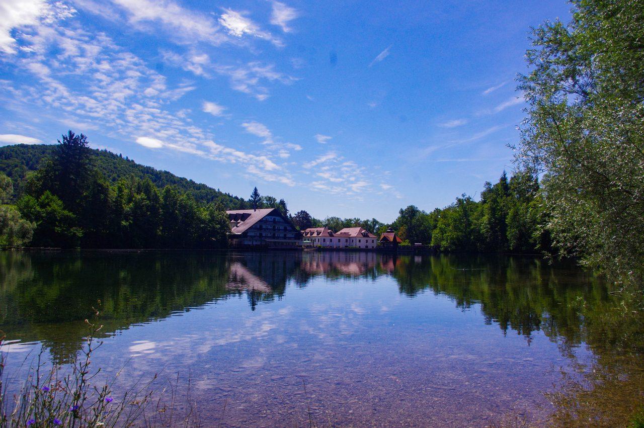 Jezero Črnava-tó
