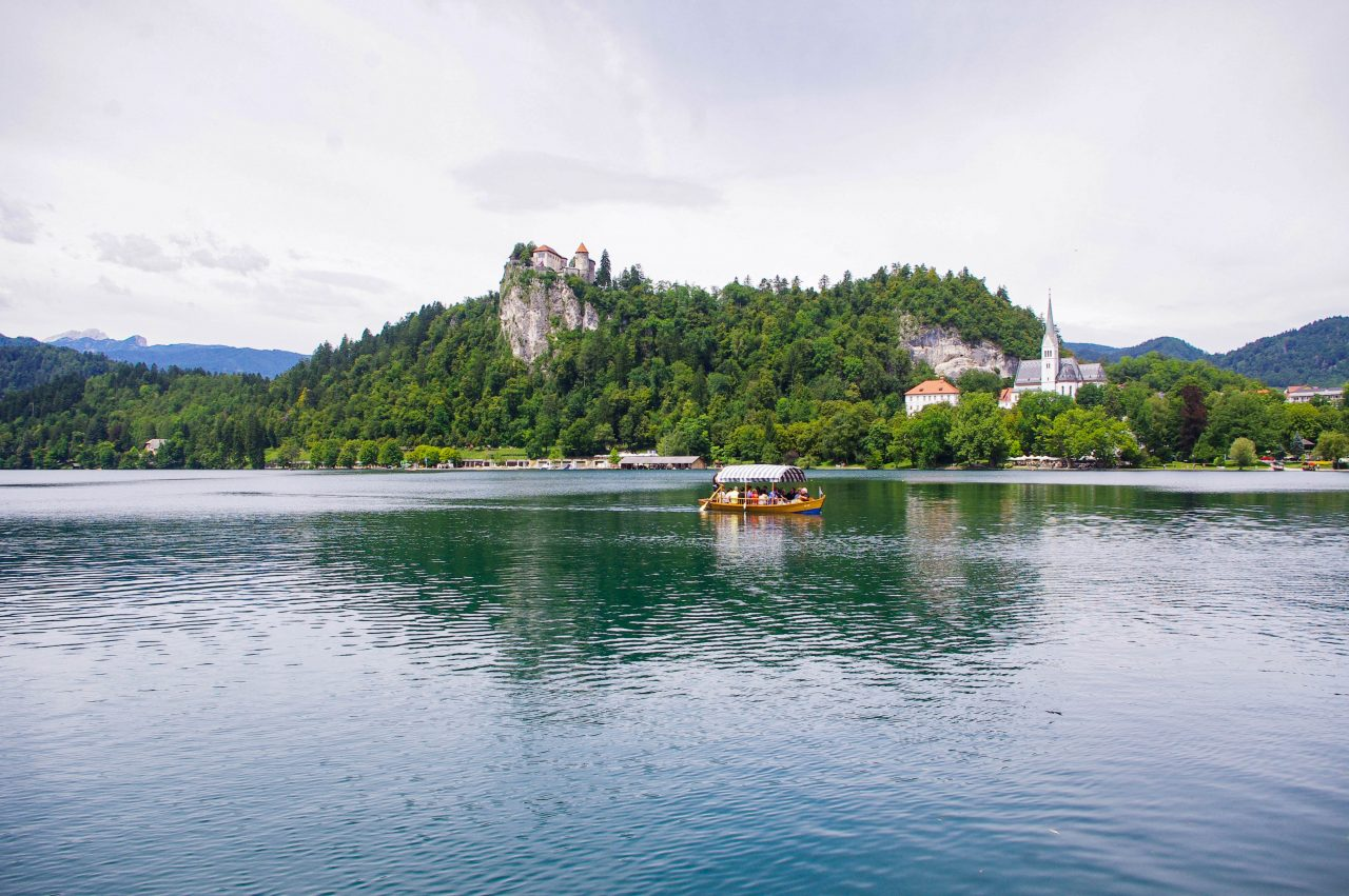 A Bledi-tó és a Bledi-vár